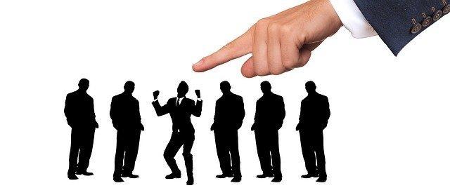 Il Broker e la selezione delle compagnie assicurative che aiuta le imprese